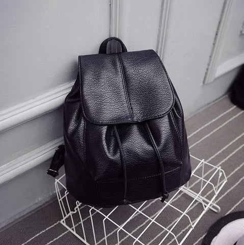 Backpack in Black - TakeClothe - 1