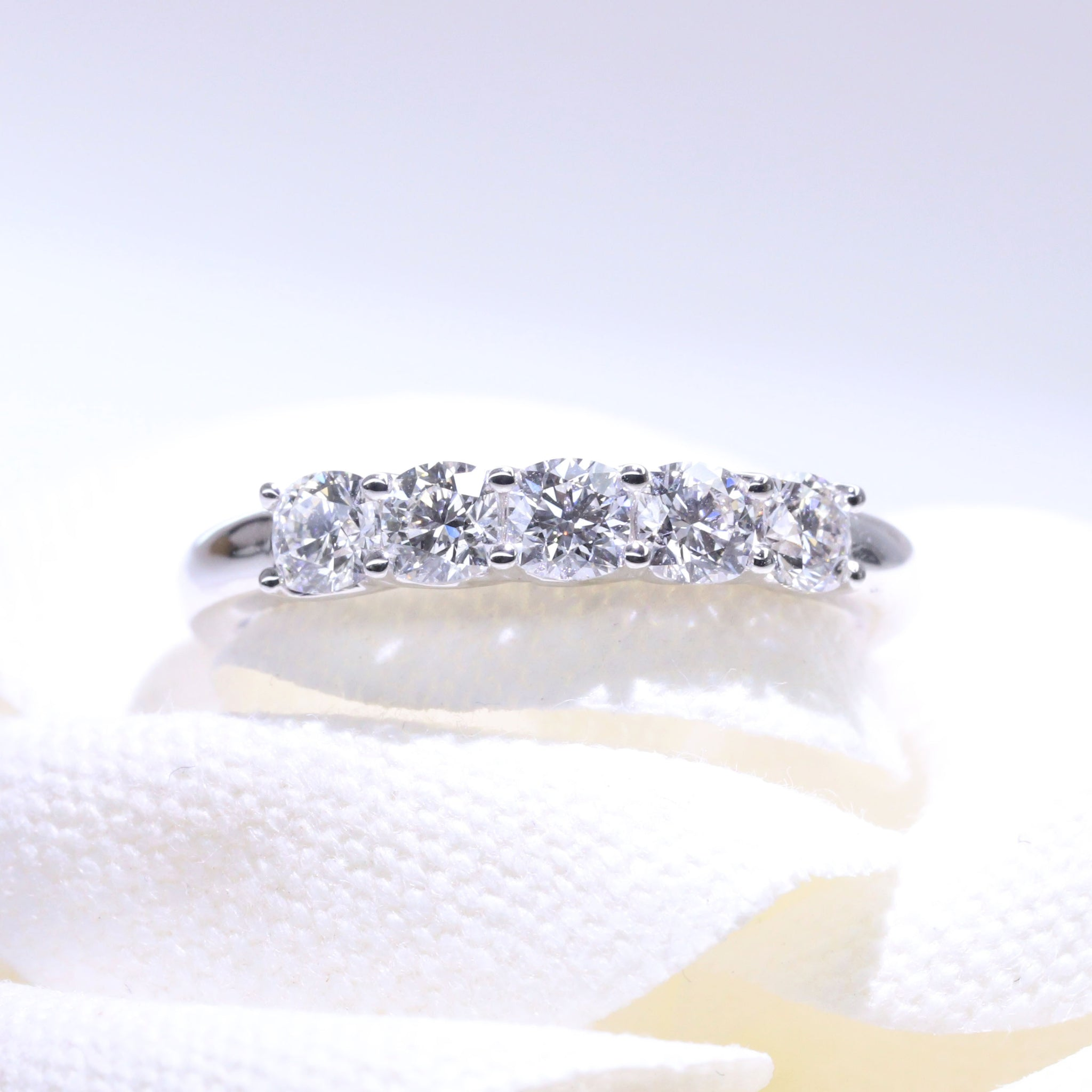 Passion 8 Cushion Diamond Ring