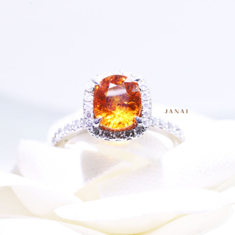 Oval Spessartite Garnet Ring