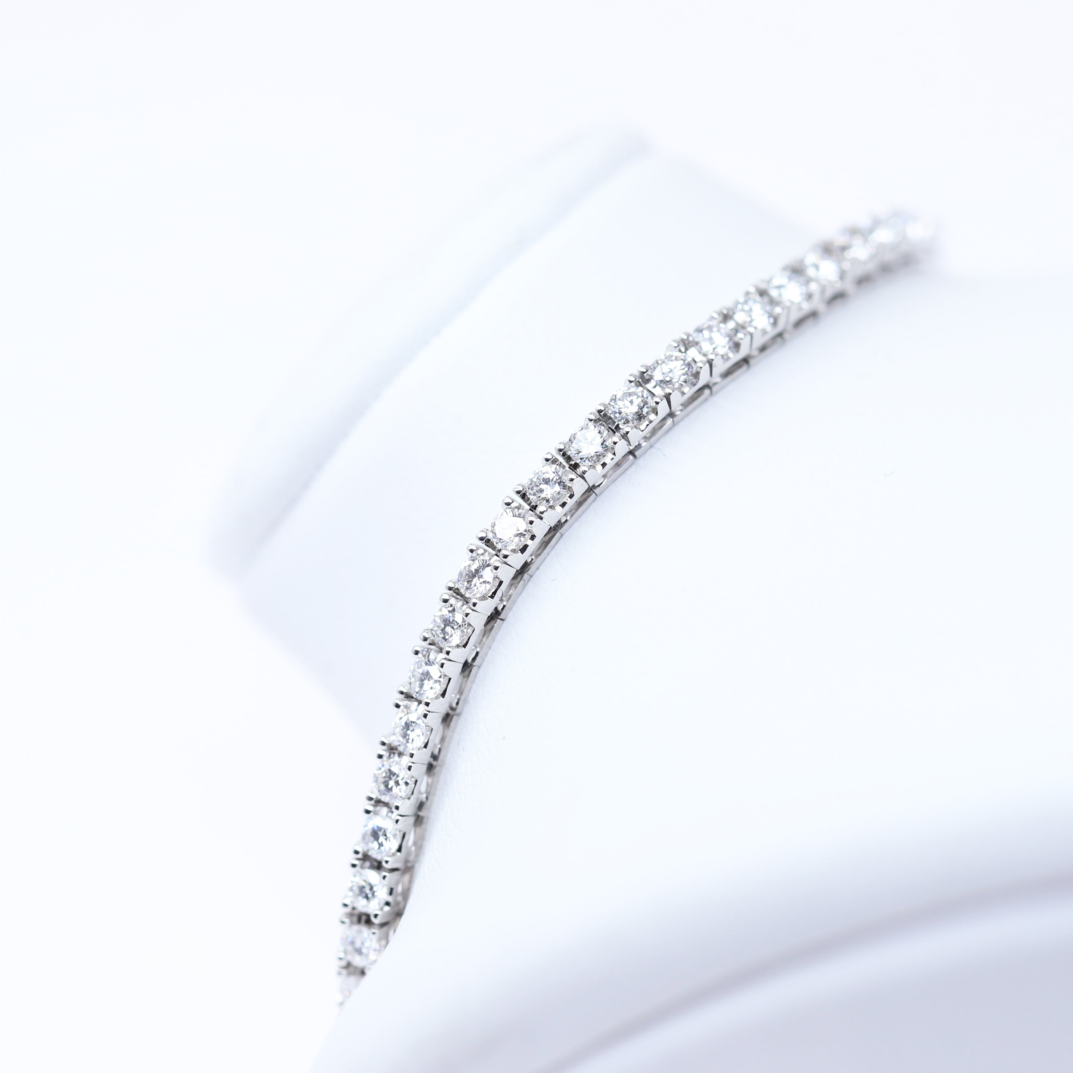 Italian-made Tennis Bracelet with 2.08ct CVD Diamonds