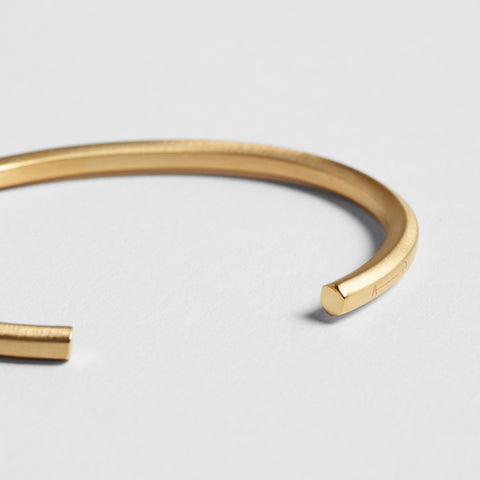 HEXAGON CUFF / gold - alexorso