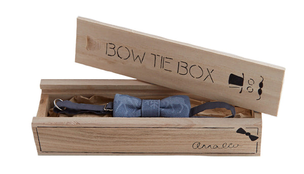 Bow Tie in a Box in Ink - Annaliv