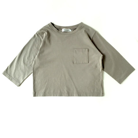 Bracelet Length Sleeve T-Shirt in Grey