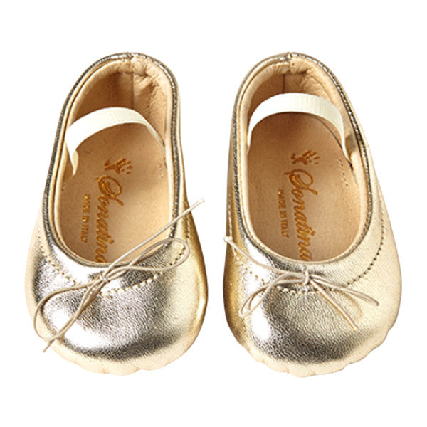 Pampered Shoes in Gold Leather