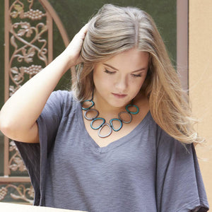 Calamar Tagua Nut Necklace - Model
