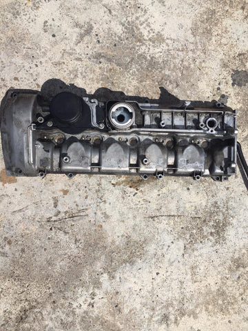 MERCEDES BENZ ML 270 CDI C E CLASS 270cdi CLK 270cdi Cylinder Head Rocker Cover PART NUMBER A6120160405 2.7 DIESEL ENGINE A612
