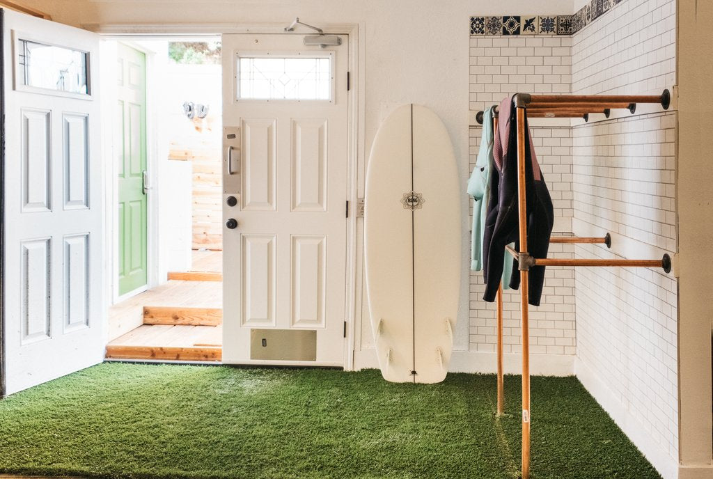 Private Surf Lesson + Day Pass at Traveler Surf Club
