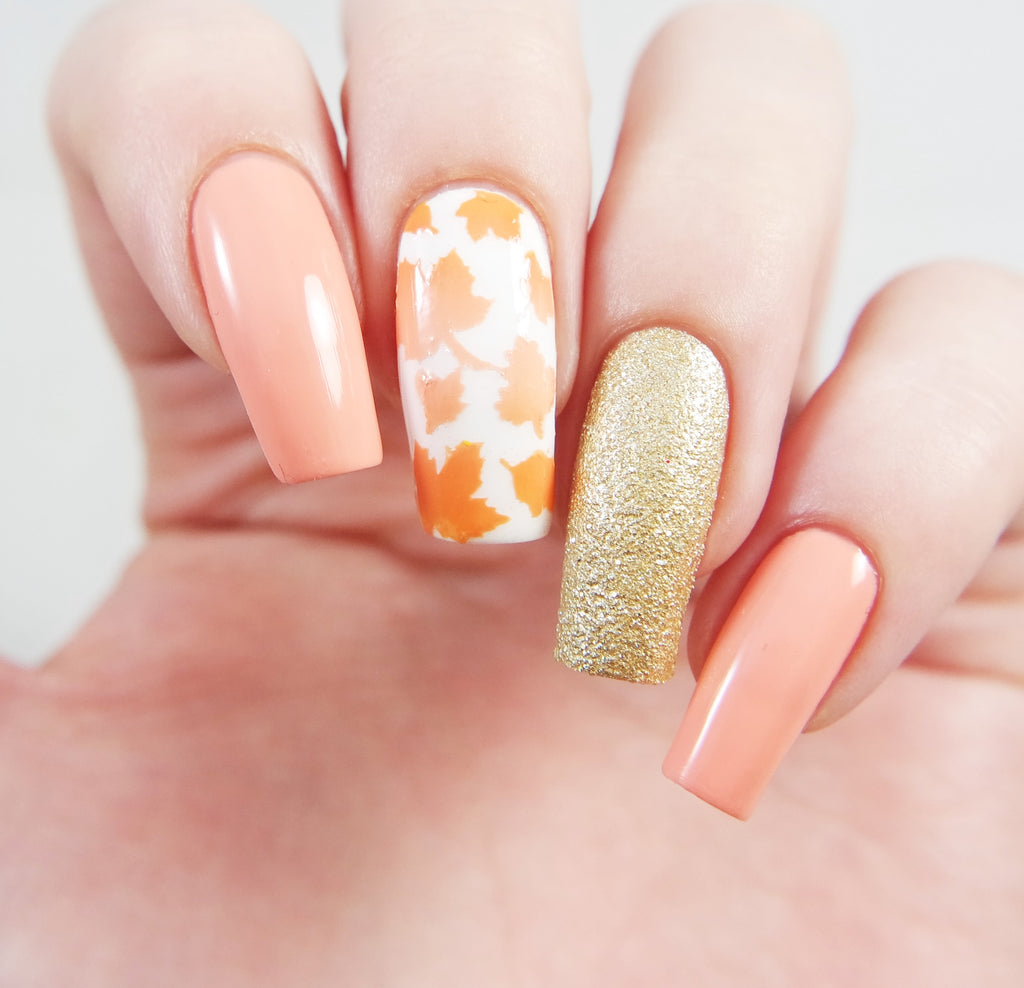 How to Create a Beautiful Autumn Leaf Manicure using Snail Vinyls Nail