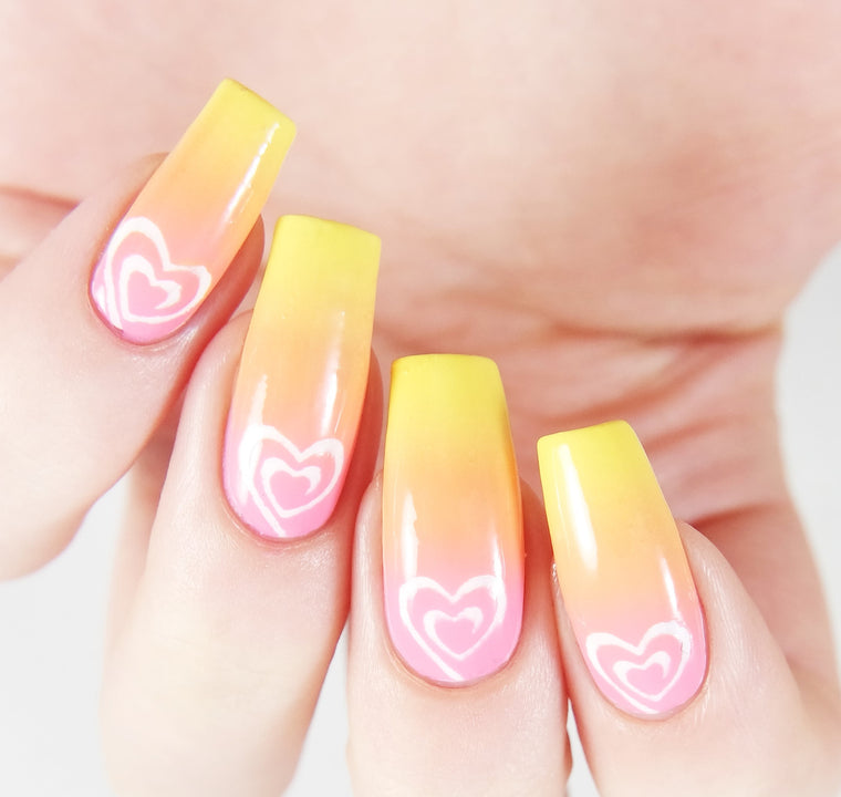 Small Heart Swirl Nail Vinyls