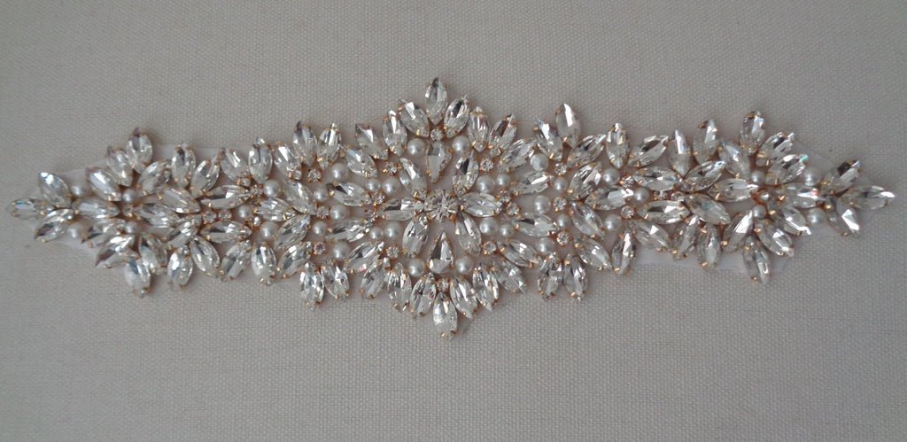 A large piece of Bridal wedding rhinestones applique gold & silver colours beaded rhinestones motif diamante applique is for sale. sold by per piece