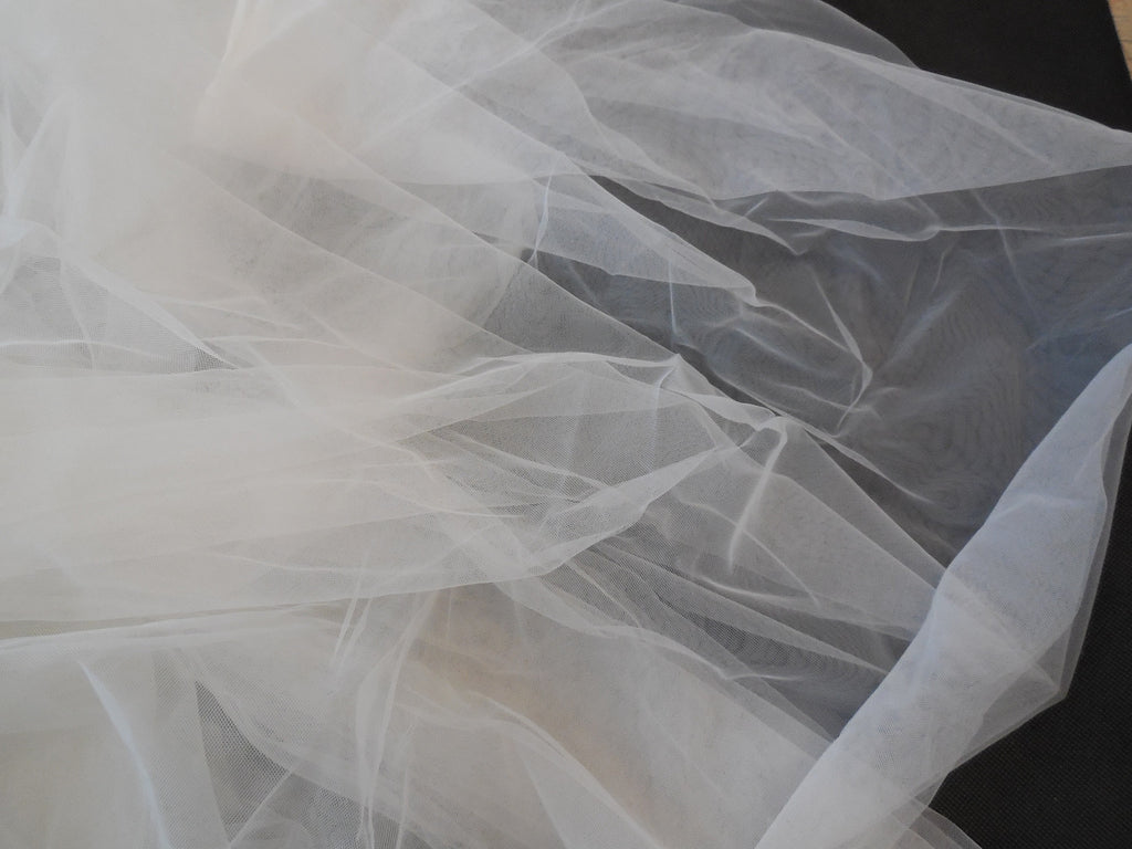 Off White Bridal Wedding Soft Tulle Veil Fabric DIY 150cm wide.Sold per0.5Meter