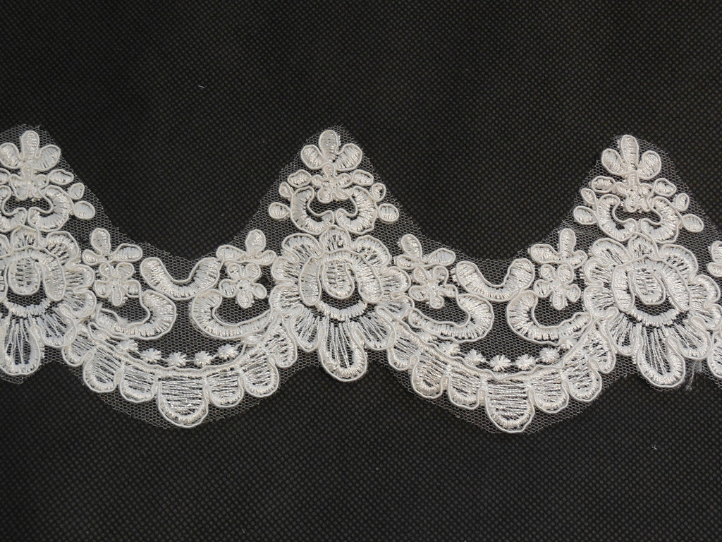 Ivory Floral lace trim Bridal Wedding veil dress hemming lace trim Per Yard