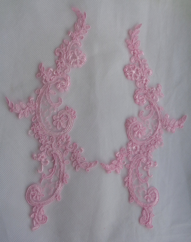 A pair baby pink floral collar lace appliques baby pink tulle lace motifs for sale. Sold by per pair.