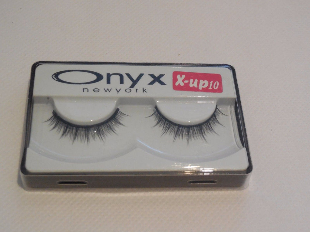 a pair of natural look black false eyelashes Delicate Reusable handmade