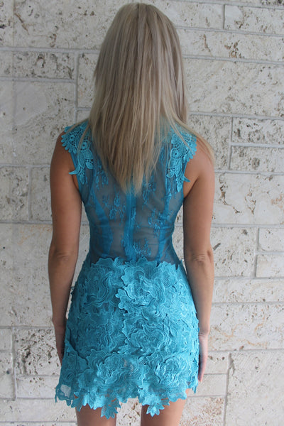 Tiffany Backless Cocktail Short Lace Dress