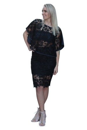 ARIA BLACK LACE KAFTAN - Kelly & Port