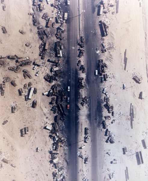 Highway of death Kuwait, desert storm, desert shield