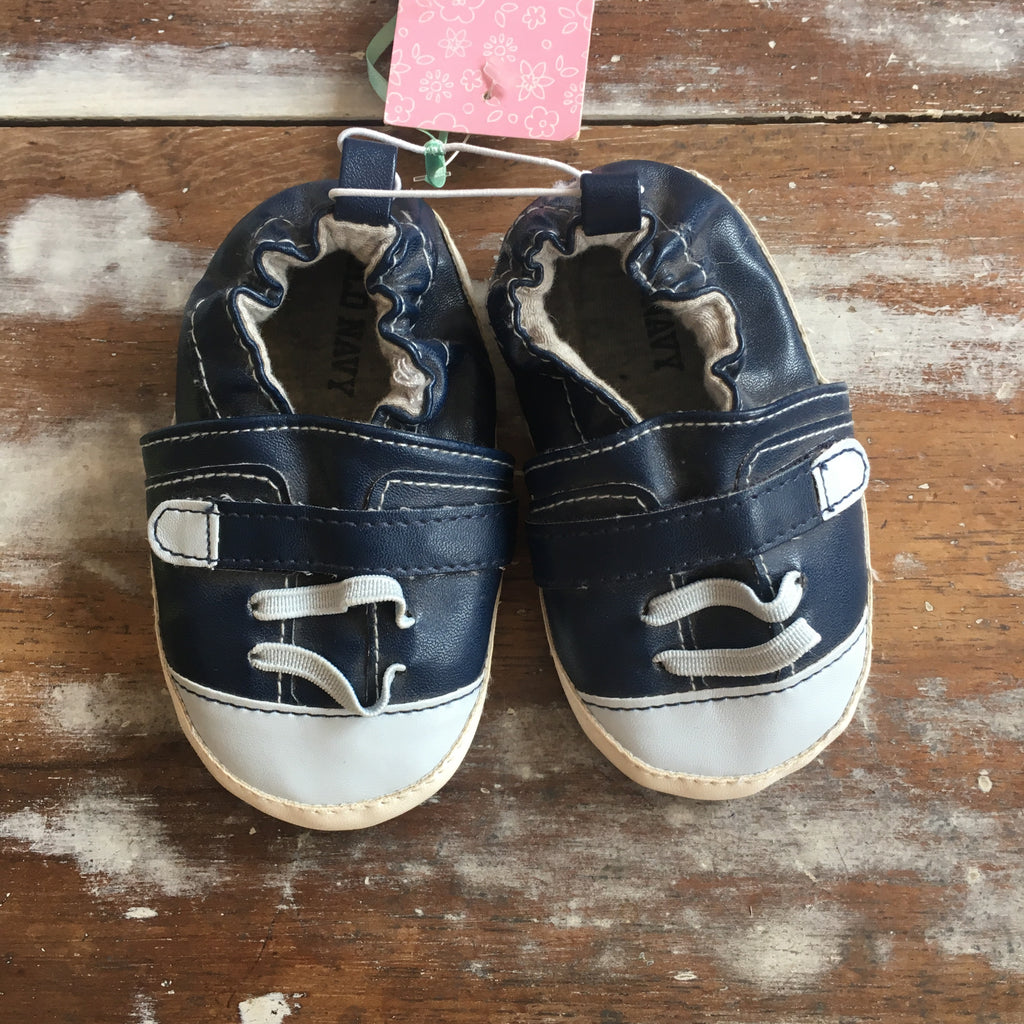 Zapatillas Old Navy 9-12 meses SALE