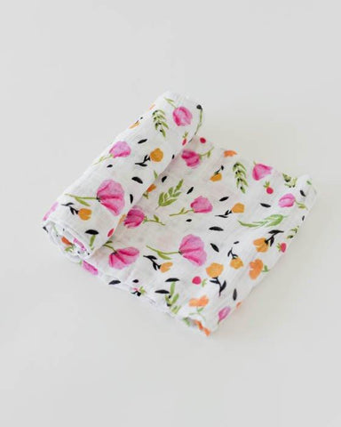 Berry & Bloom Swaddle
