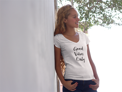 Good Vibes Only V-Neck