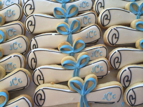 Decorated Cookie - Graduation -Diplomas