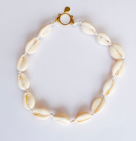Necklace Cowrie Shell choker