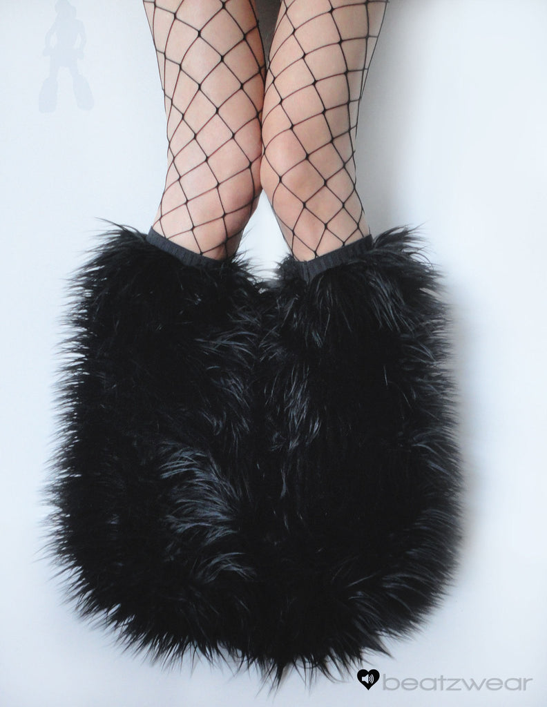 Black superpoof fluffies - short gogo style