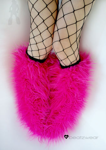 Superpoof fluffies uv hot pink