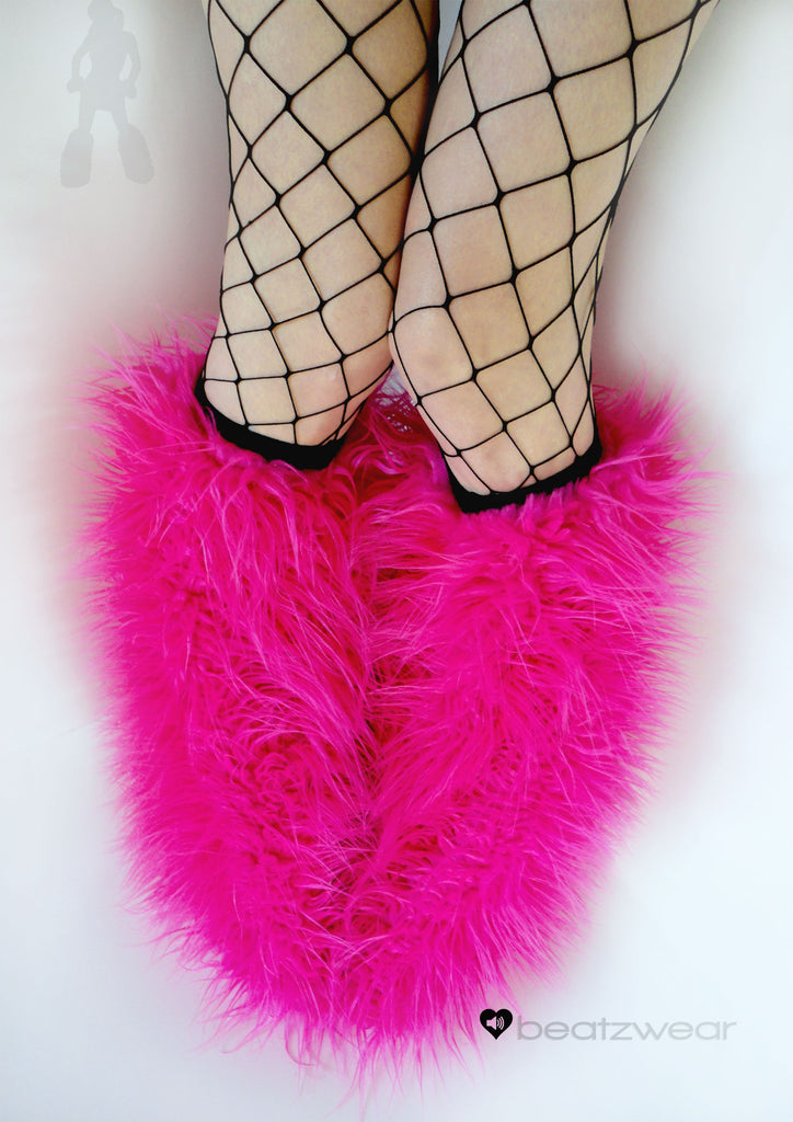 Hot pink superpoof fluffies - short gogo style