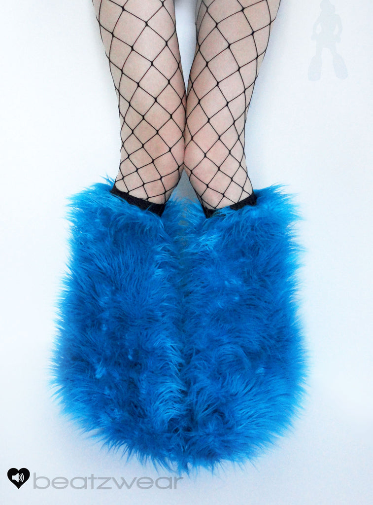 Turquoise superpoof fluffies - short gogo style