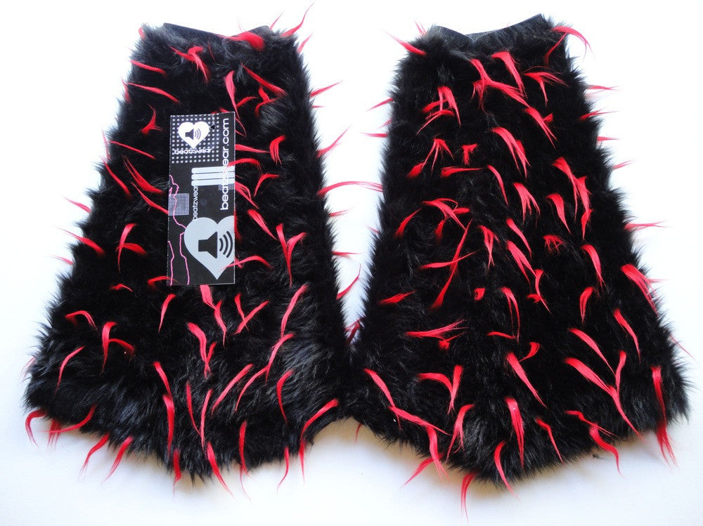 Spiked fluffies black and red - Beatzwear