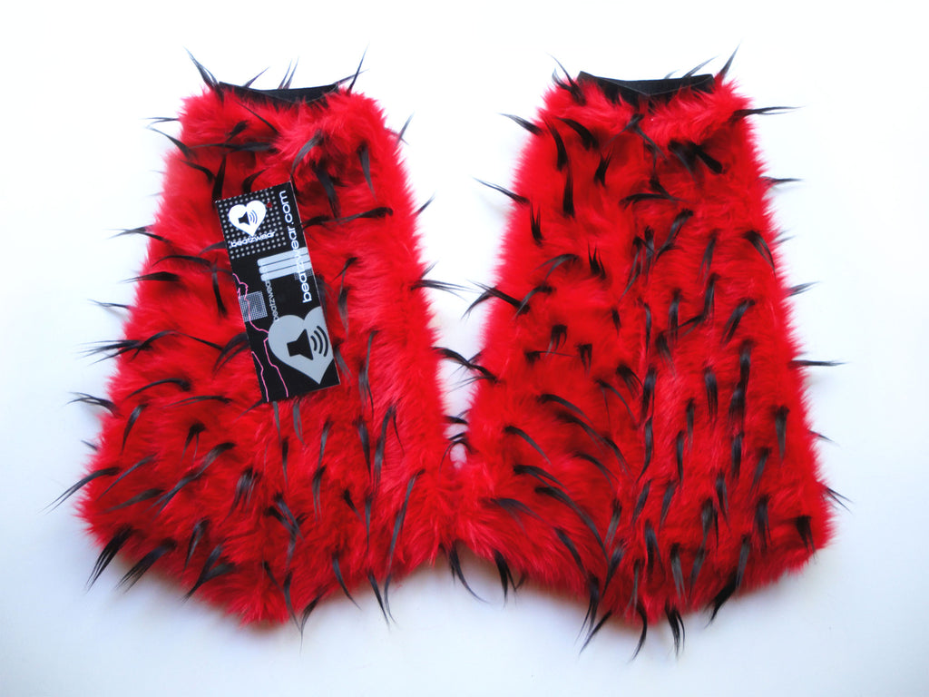 Spiked fluffies red and black - Beatzwear