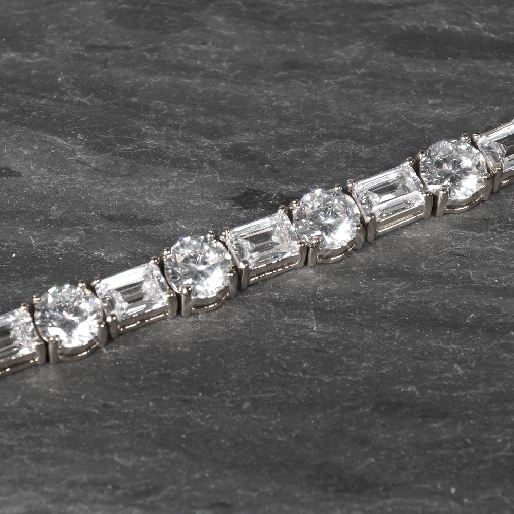 White Gold Emerald Round Cut Tennis Bracelet