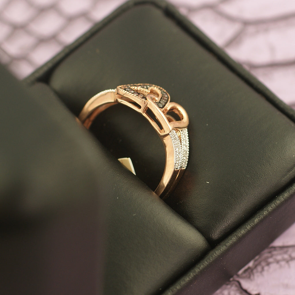 10K Rose Gold 0.15 Carat Red Diamond Heart Ring
