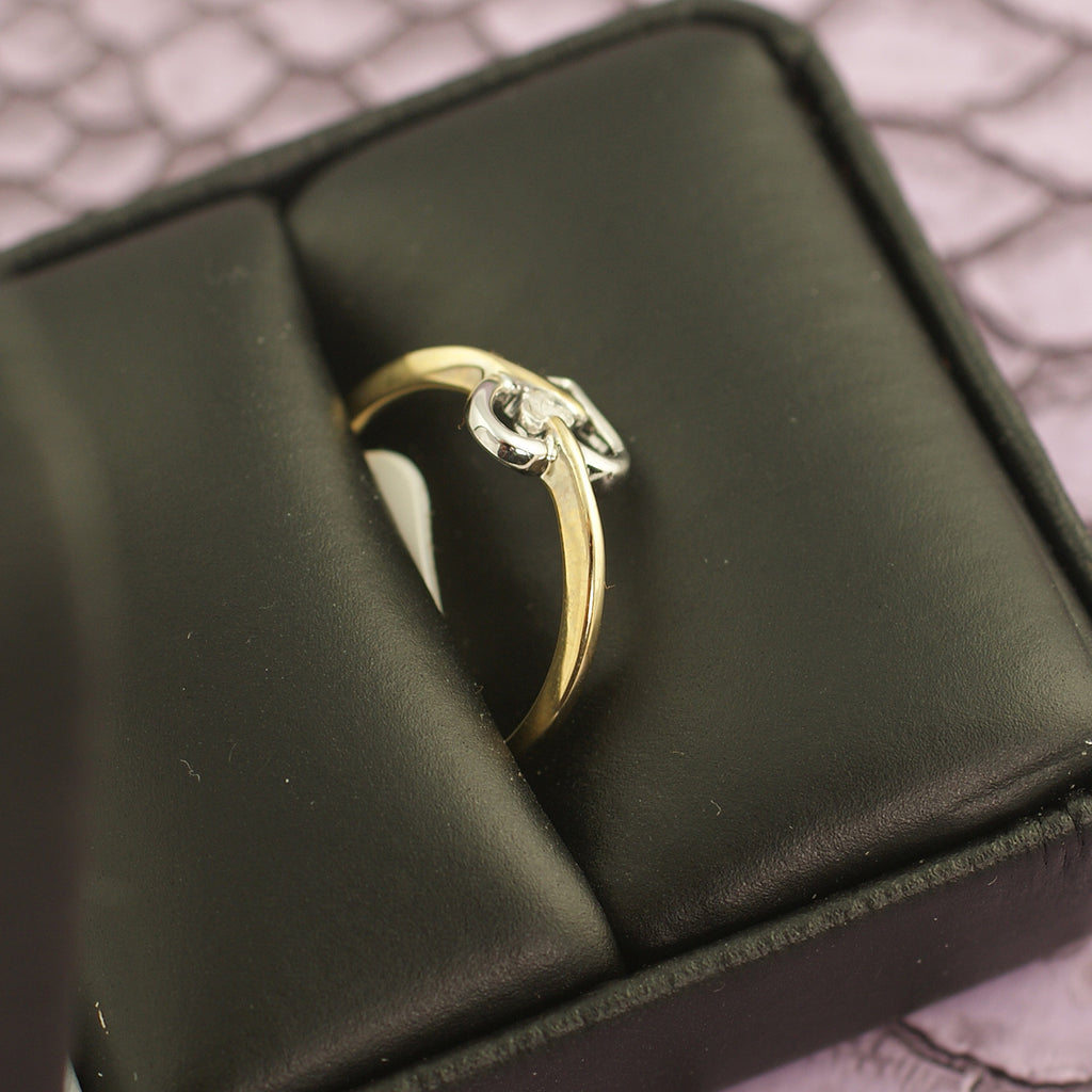 10K Gold Simple Hollow Heart Ring