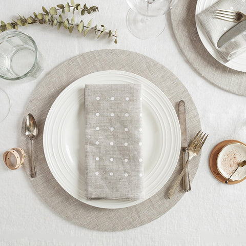White Dot Napkins (Set of 2)