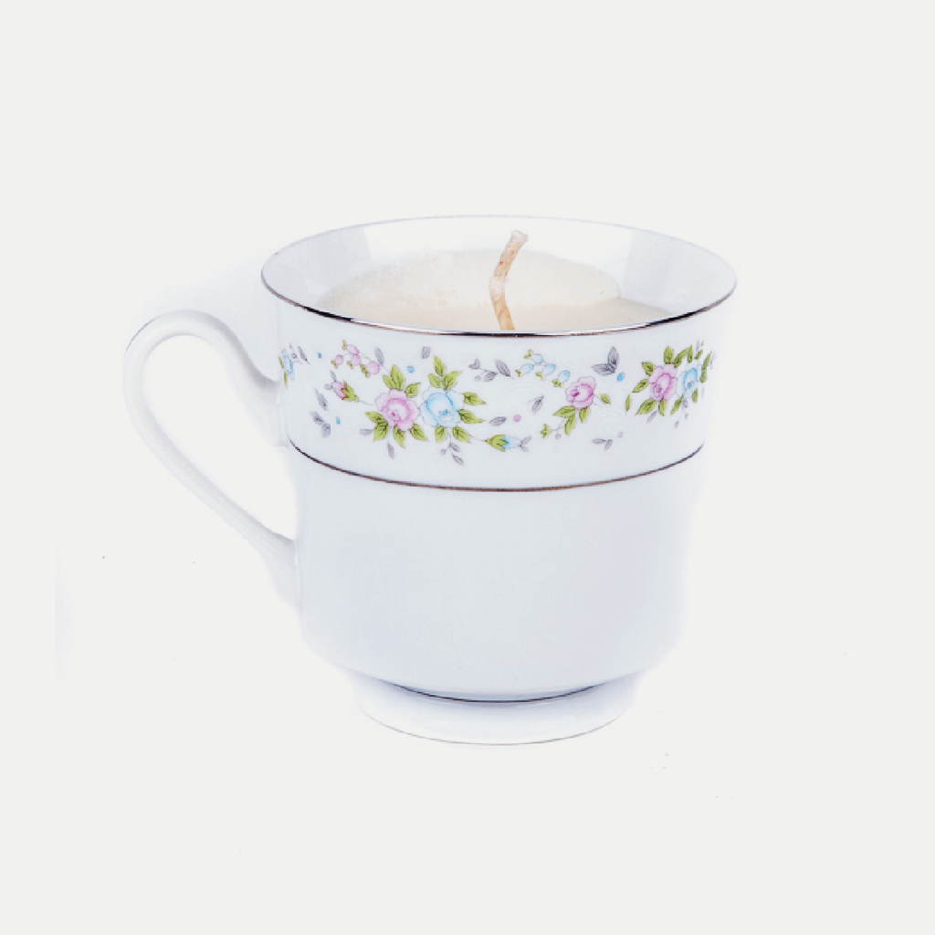 Vintage Teacup Candle: Honey & Oatmeal