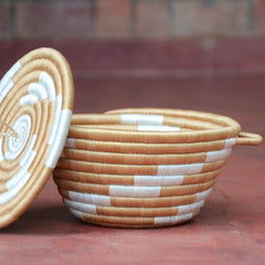 Woven Pot with Lid: Large Caramel Twist
