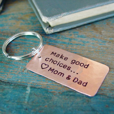 Make Good Choices Keychain, Personalized Gift from Mom & Dad - Keychain - [PearlieGirl]