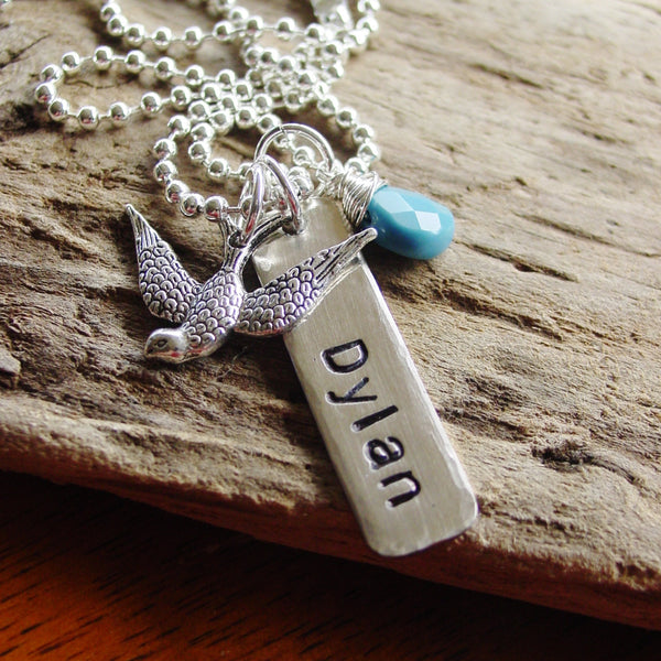 Personalized Name Bird Necklace | Mom Jewelry - PearlieGirl