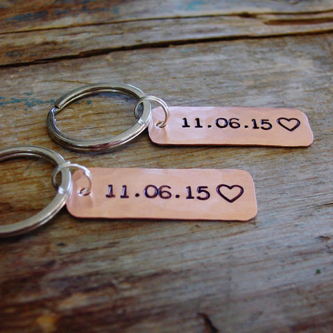 Couples Gift Set | Personalized Date Keychains | Set of 2 - Keychain Set - [PearlieGirl]