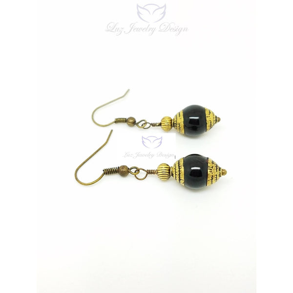 Black Tibetan earrings - handcrafted Jewelry Luzjewelrydesign