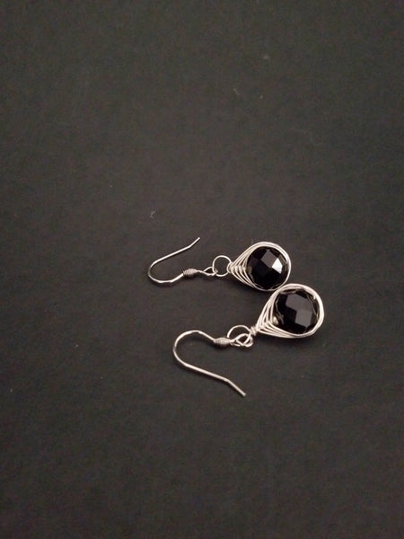 Black Earrings - handcrafted Jewelry Luzjewelrydesign