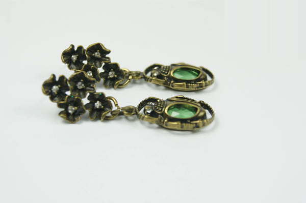 Green Beetle Earrings - handcrafted Jewelry Luzjewelrydesign