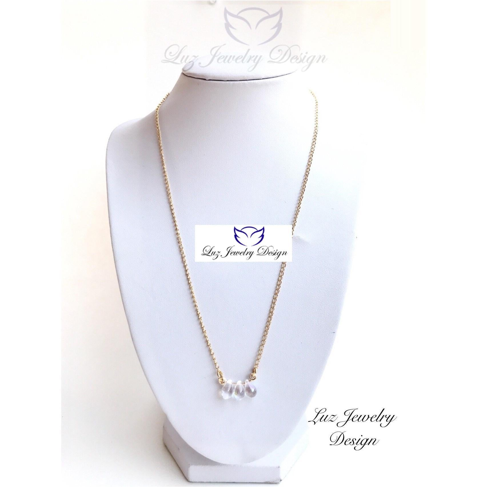 Crystal pendant necklace - crystal necklace - Luzjewelrydesign