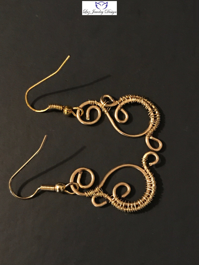 Spiral Gold Earrings, Gold wire earrings, simple gold earrings, gold spiral earrings, hammer gold wire earrings, hammer gold jewelry