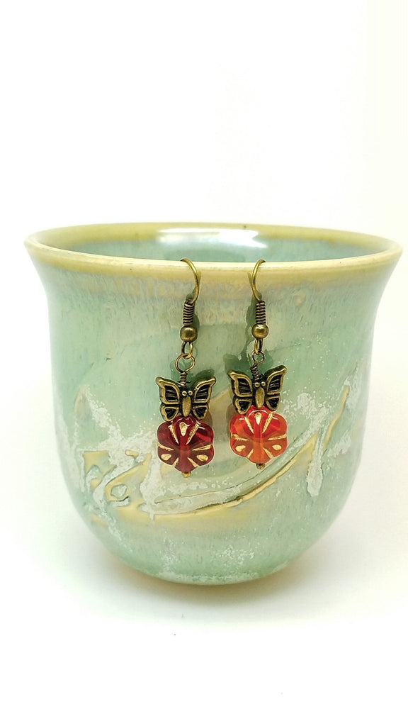 Red flower and butterfly earrings - Luzjewelrydesign   - 1