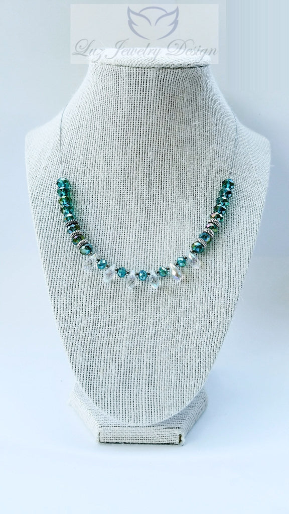 Dark Green necklace, - Luzjewelrydesign   - 1
