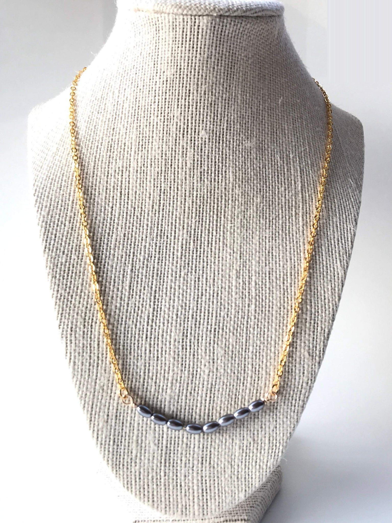 Grey pearl necklace,  gift for mom, simple pearl necklace,  grey necklace, grey pearl jewelry, gold and grey necklace