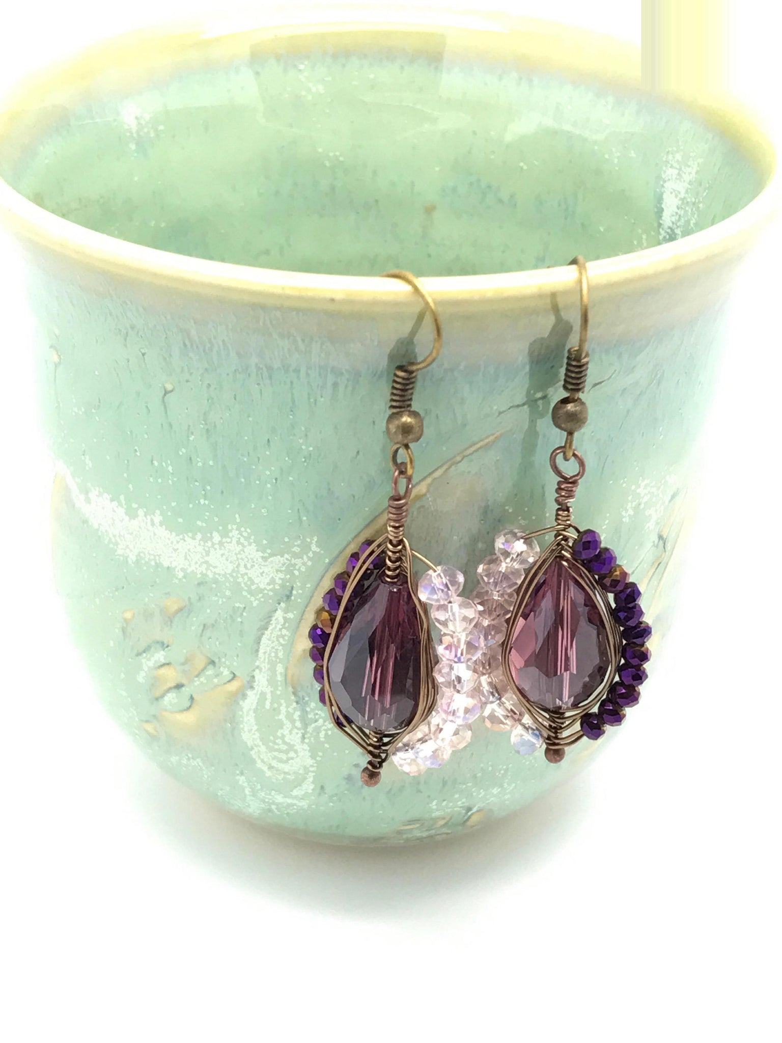 Gold rose purple earrings - handcrafted Jewelry Luzjewelrydesign